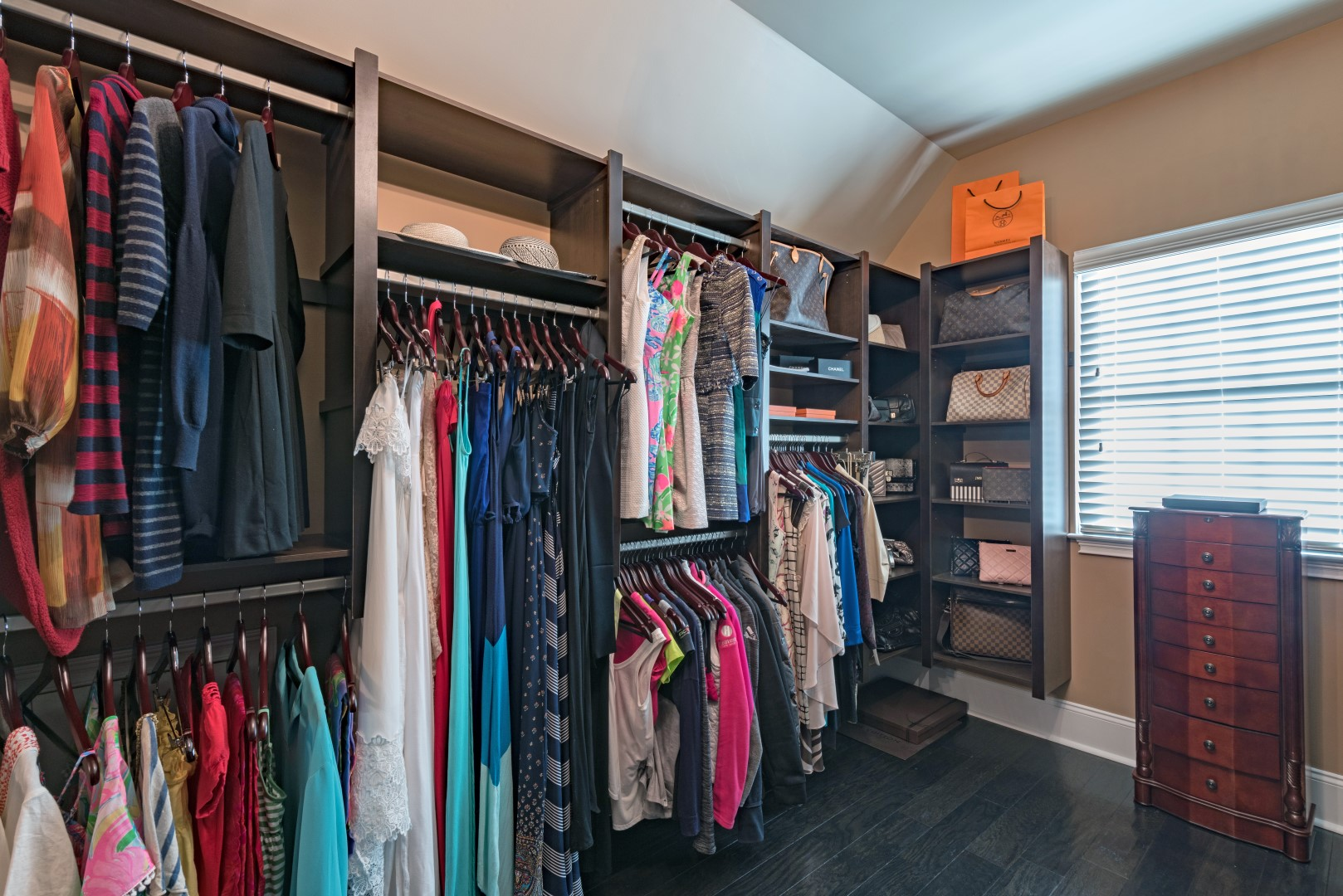 Need Some Closet Design Ideas To Help You Get Started? Here Are Some Of Our  Favorite Closet Ideas!